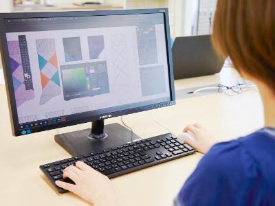PCでデザインを起こしていきます